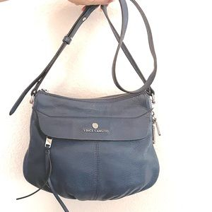 Vince Camuto zip crossbody
